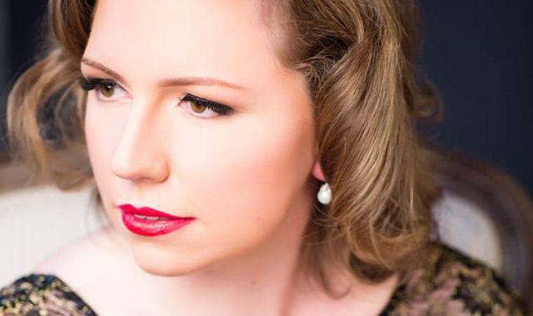 Image of fiddler, Caitlin Warbelow